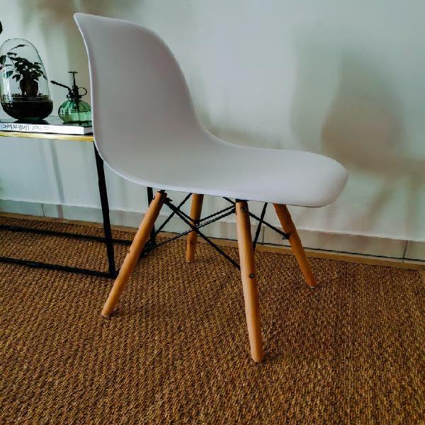 chaise design scandinave 0