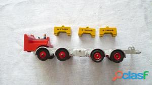 Dinky super toys leyland chassis 8 wheeled fabrication année 60 70