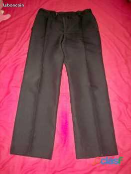 Pantalon noir, marque pantashop, taille 39 40, peut convenir à un smoking