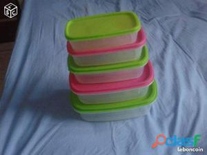 Tupperware authentique de cuisine