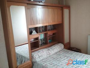 Chambre à coucher + sommier + matelat