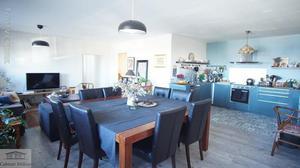 Locaux +bureaux + appartement à sète