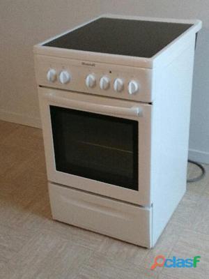 Cuisinière vitrocéramique brandt kv 550 we.