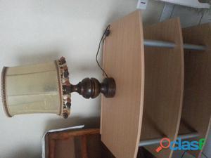 Lampe de salon socle en bois