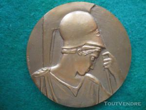 médaille de l'université d'alger par p.belmondo