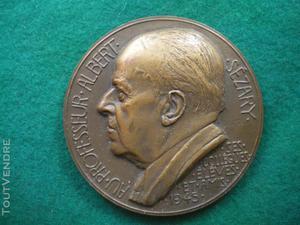 Médaille du professeur albert sezary.