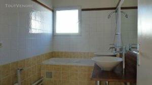 Appartement 3 pièces 67 m² à st denis