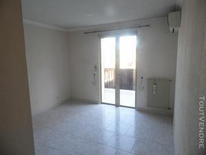 Haut de villa 4p en duplex petit juas location vide