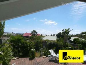 Villa vue mer et 2 studios à la baie orientale