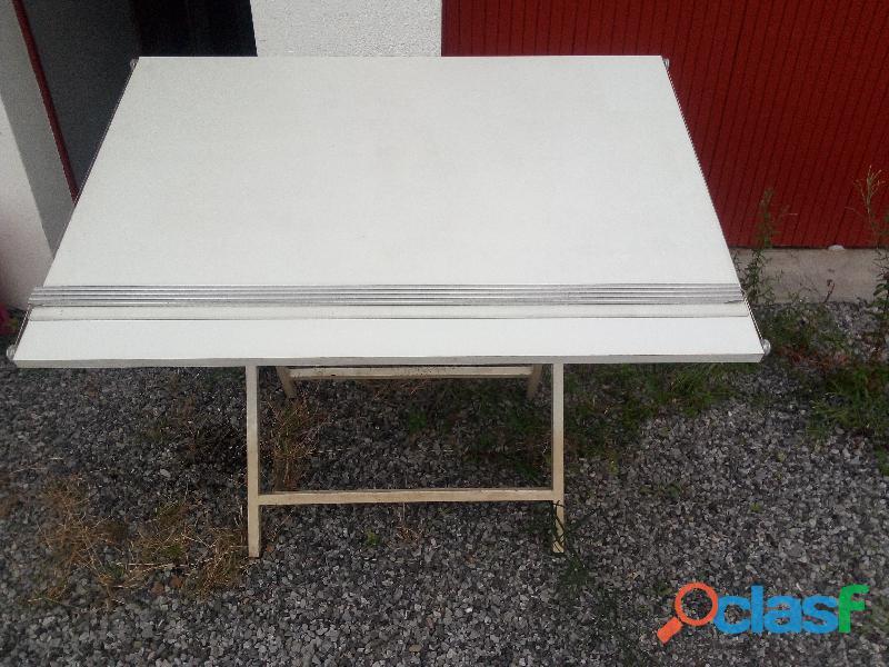 table d'architecte/de dessin ancienne Wild Leitz bon état