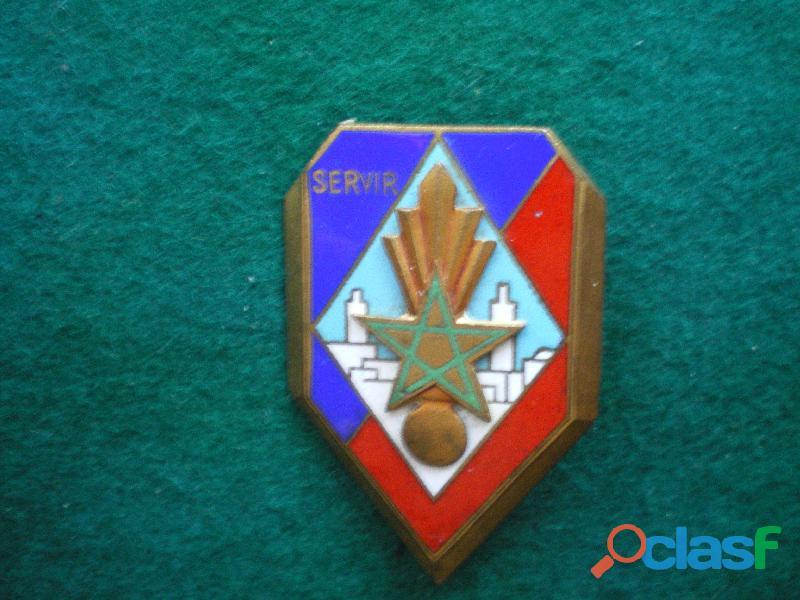 Insigne de gendarmerie   12° légion de la garde républicaine.