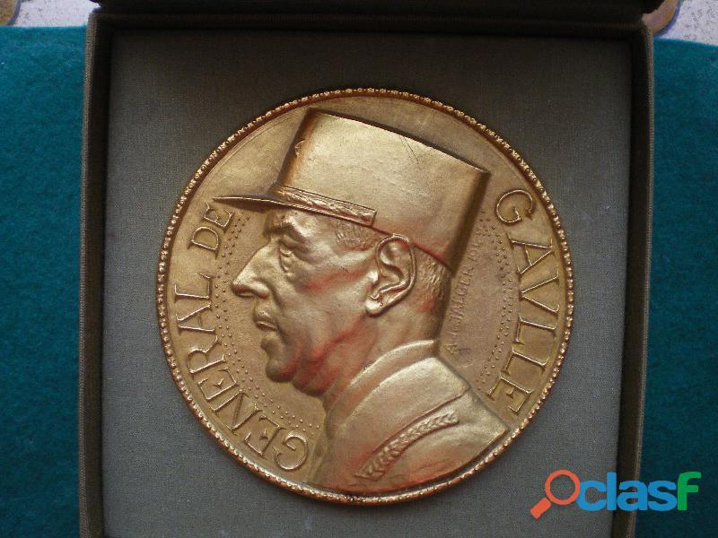 Médaille du Général de Gaulle. Medal about Général de Gaulle.