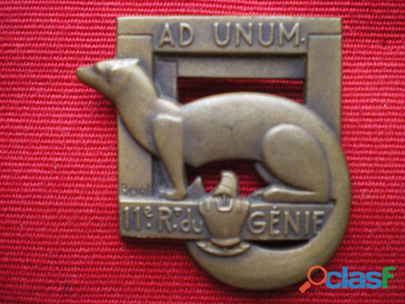 Insigne du Génie   11° Régiment du Génie.