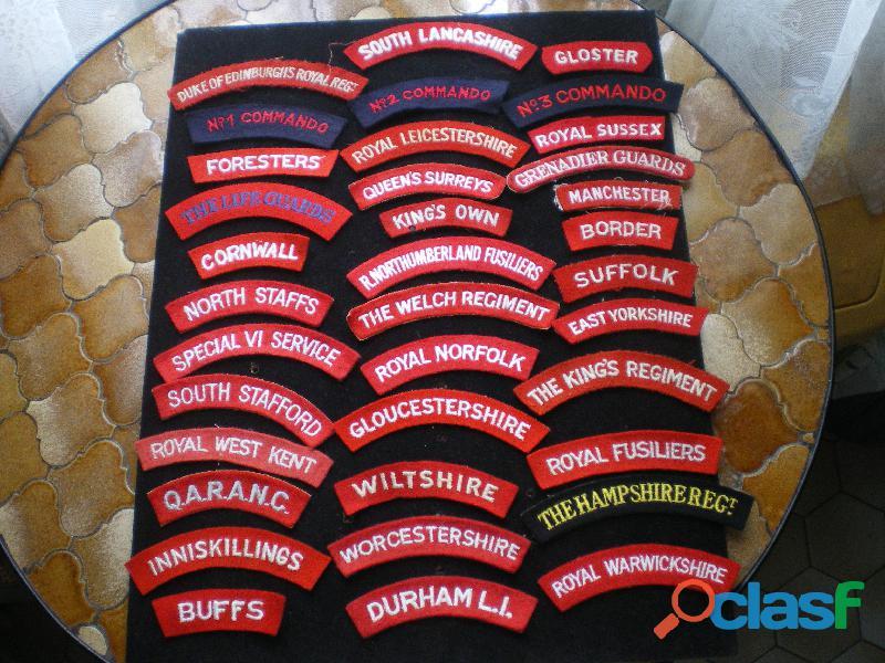 Insignes britanniques d'épaule en tissu.