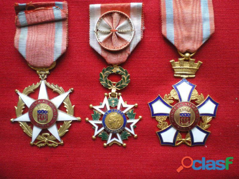 """Ordres fantaisies """" Honneur au Mérite """" de la ville de Paris."""