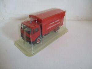 Camion mercedes sauvetage deblaiement -solido-1/60ème- en