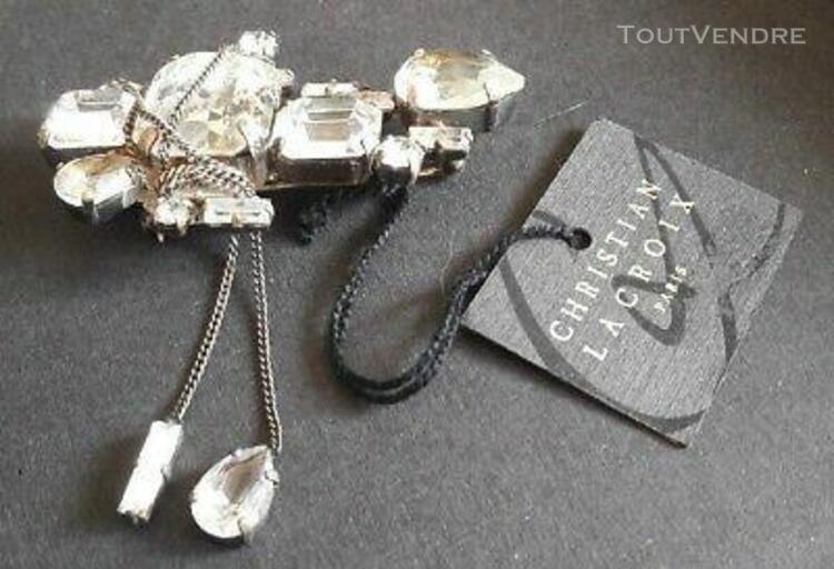 Belle broche vintage couture métal argenté et strass