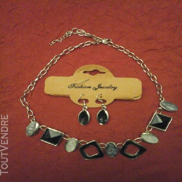 Bijoux bracelet montre boucle oreilles occasion pendentif pa