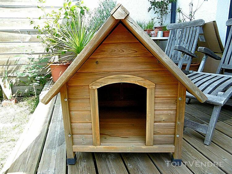 excellent etat niche en bois massif taille m pour chiens moy