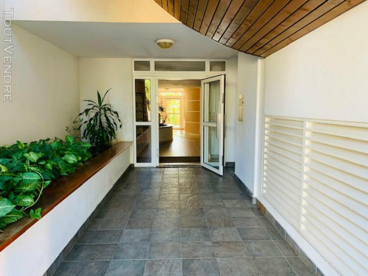 Appartement 2 pièces 46 m² à st denis