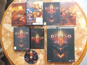 diablo iii: le guide (450 pages 1,4kg) + le jeu pc (déja