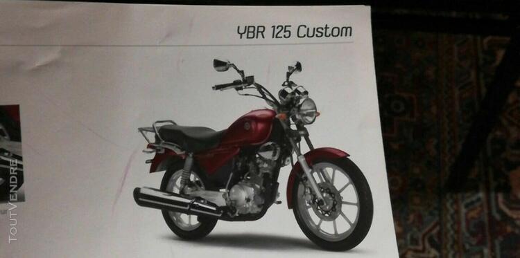 moto yamaha ybr 125 custom, 345 km, couleur rouge, année