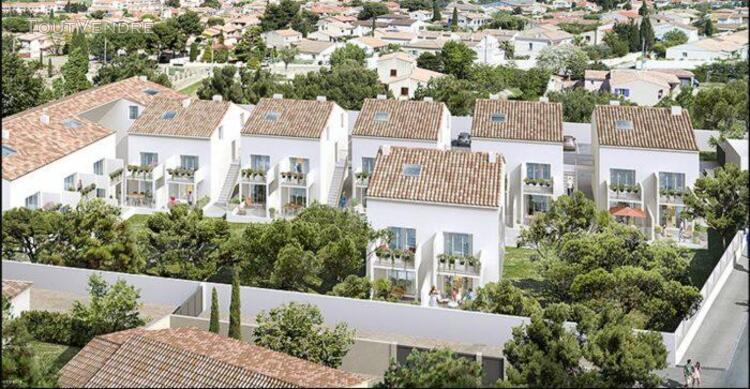 T2 de 42.72 m² avec terrasse de 12.45 m² et parking en