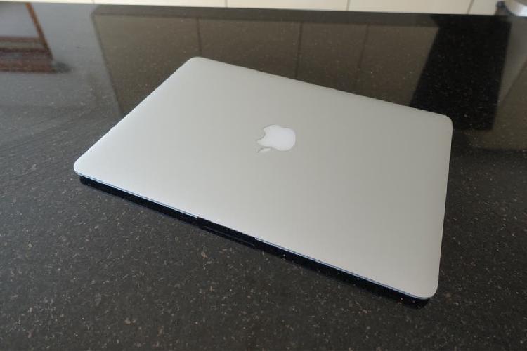 macbook air 13'