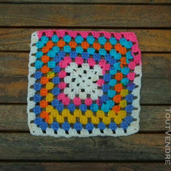 Napperons crochet coloris et dimensions divers neuf
