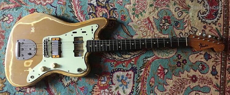 Rare 1963 fender jazzmaster shoreline gold w 64 stratocaster