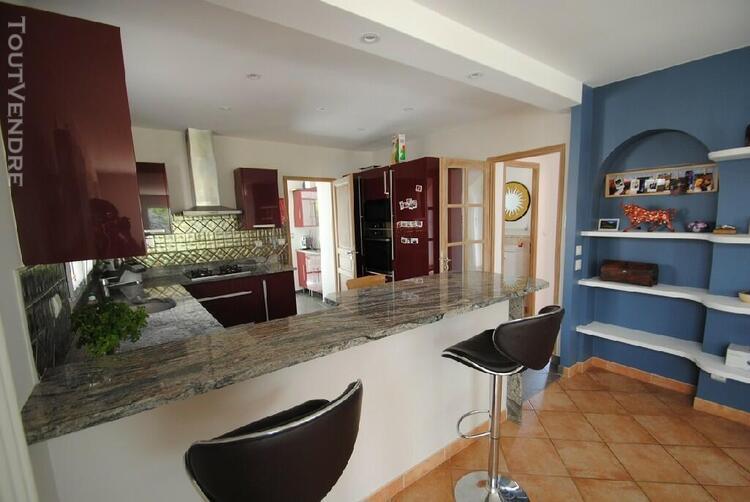 Maison 6 pièces 170 m² sur terrain de 621 m²