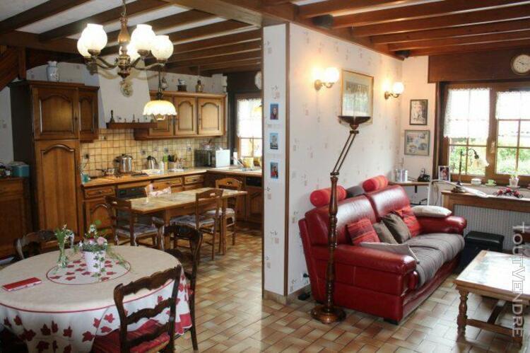 maison individuelle 3 chambres+ jardin+ garage