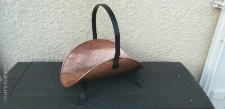 porte - buches en cuivre - 4 pieds et anse en fer forge no
