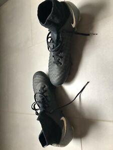 chaussures de football nike magista  taille ue 41 gb 7