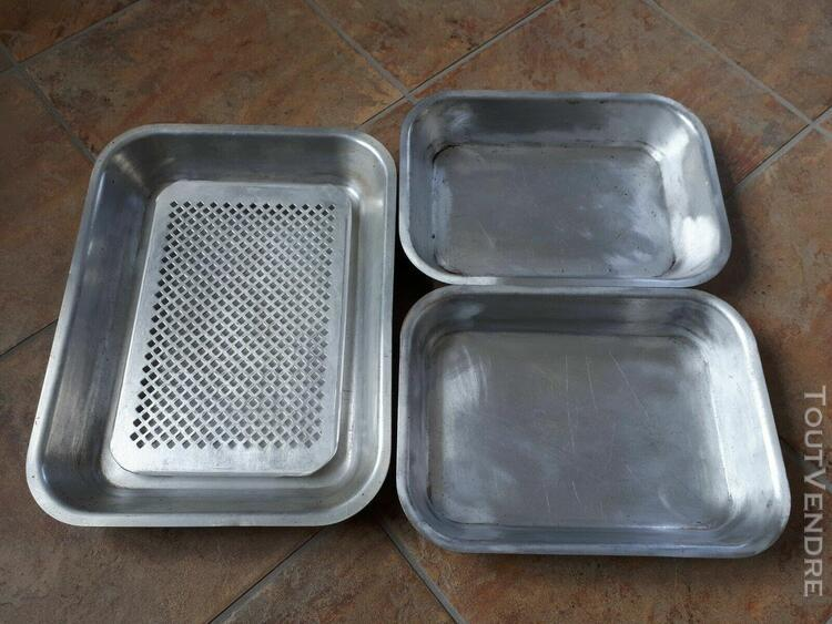 lot 3 plats à rôtir en aluminium + 1 grille