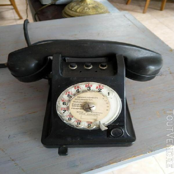 Téléphone noir à cadran