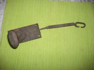 Ancienne poignee de porte en fer systeme tirette