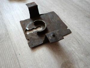 Plaque de grosse serrure ancienne château verrou cle key
