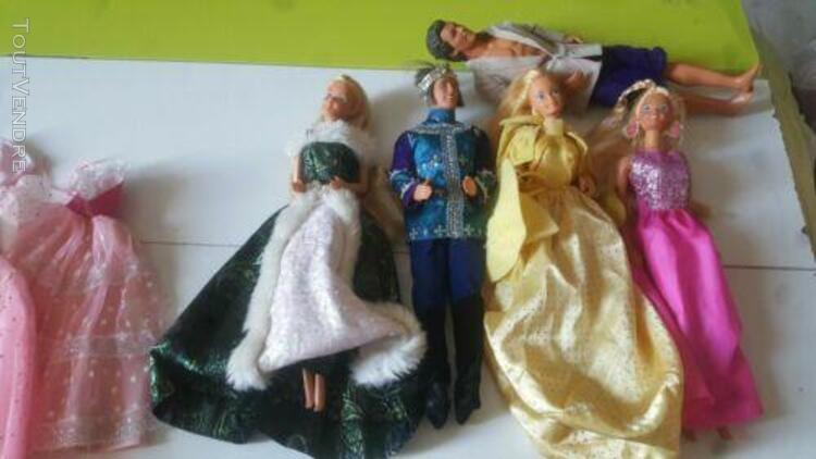 Barbie et accessoires lots 4