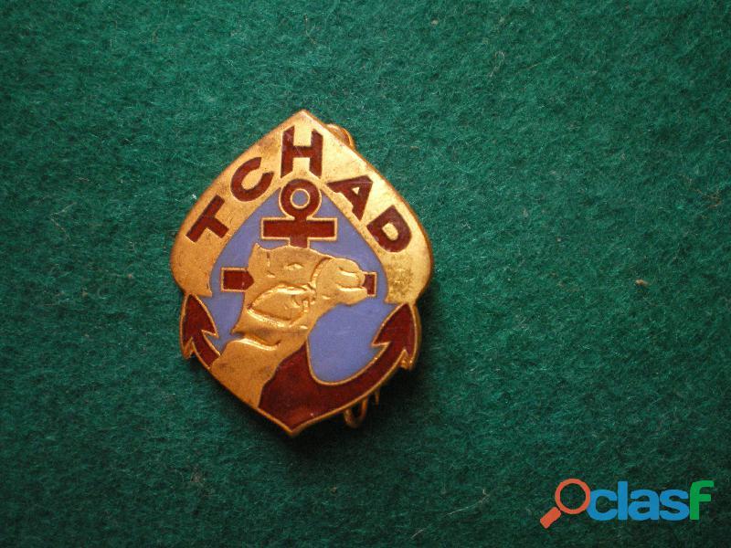 Insigne colonial   Régiment de marche du TCHAD.