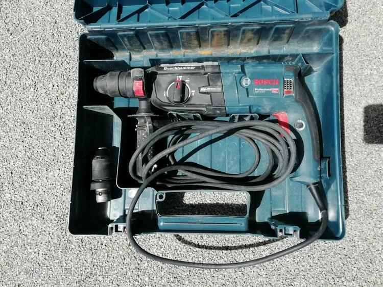 Perforateur bosch gbh 2-28f