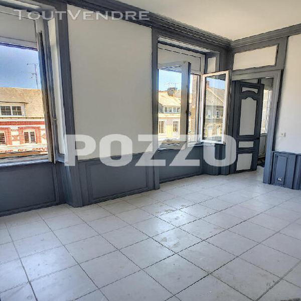 appartement centre pontorson 2 pièce(s)
