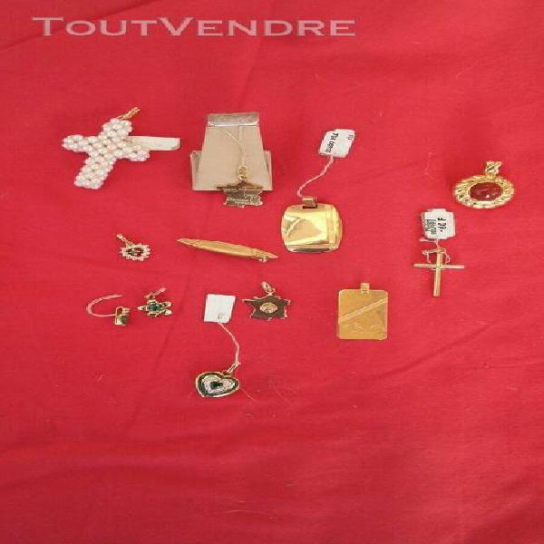 Lot de 12 pendentif neuf fix plaque or