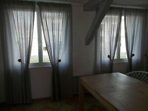 2 paires de doubles rideaux rayés gris /blanc