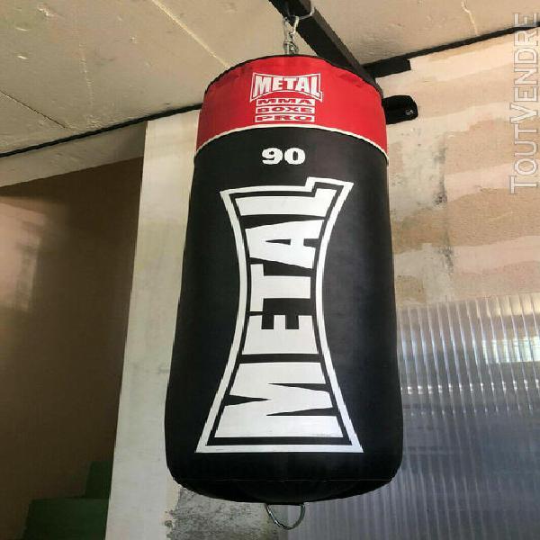 ULTRA FITNESS LTD Support Mural pour Sac de Frappe MMA avec Fixation /à vis