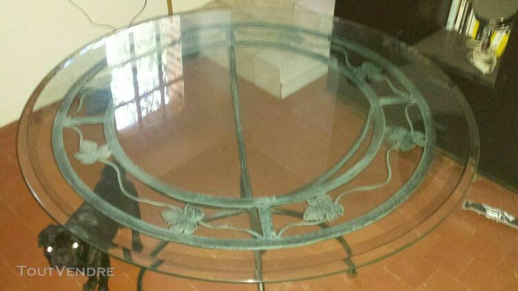 Table salle verre pied offres novembre clasf - Salle a manger en fer forge et verre ...