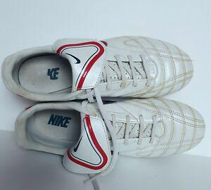 Paire chaussures foot crampons 【 ANNONCES Octobre 】 | Clasf