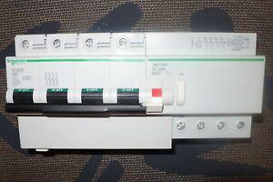 Disjoncteur differentiel tetrapolaire 80a 300ma, schneider