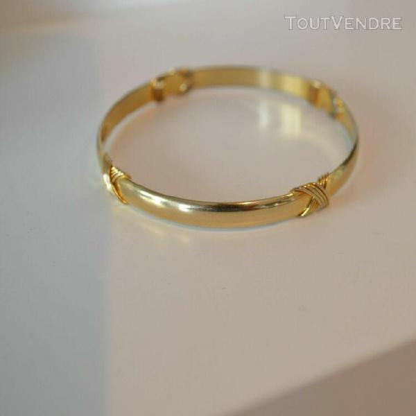 bracelet rigide de 6,8 cm de diametre