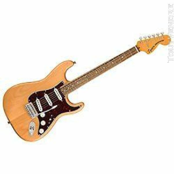 Classic vibe 70s stratocaster natural